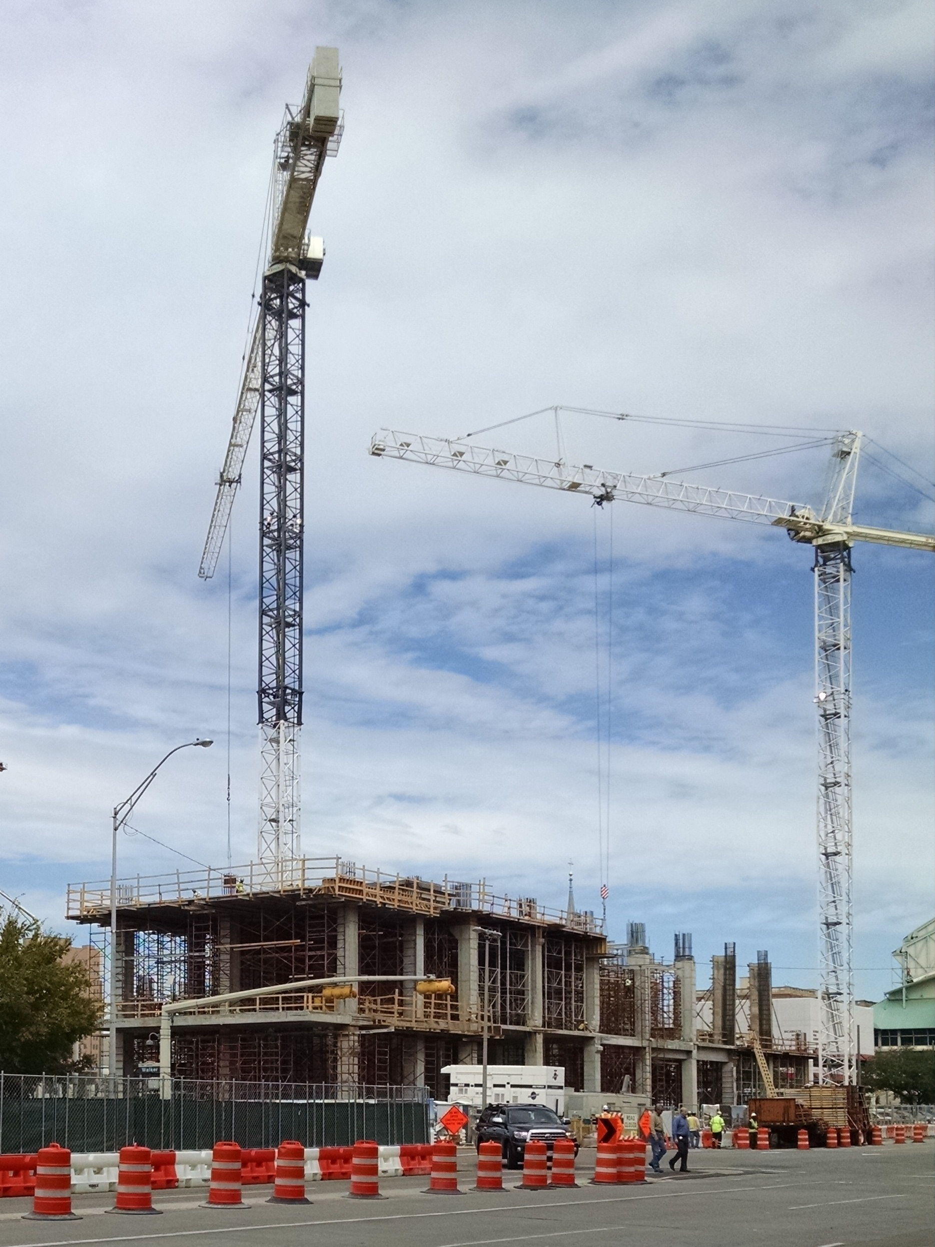 Marriott Marquis Houston project rising from the ground! « Marsh PMK